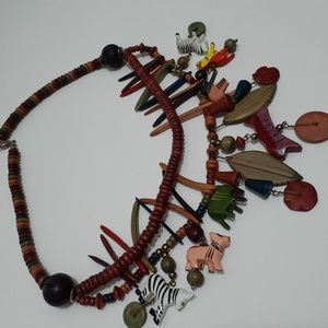 Jewelry - Welcome to the jungle necklace.